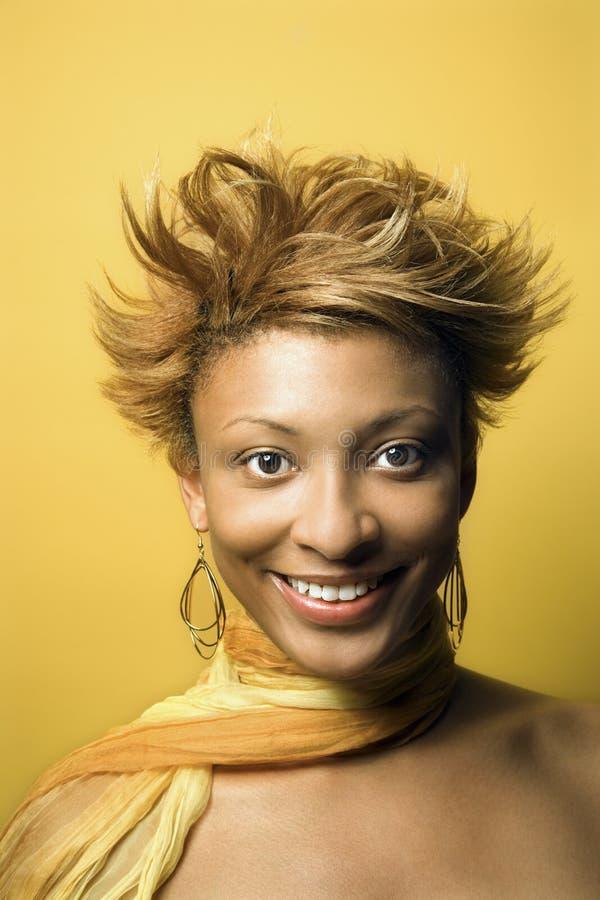 Jong Afrikaans-Amerikaans vrouwenportret. royalty-vrije stock foto's