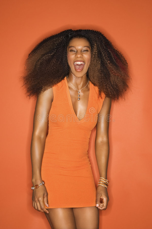 Jong Afrikaans-Amerikaans vrouwenportret. stock foto