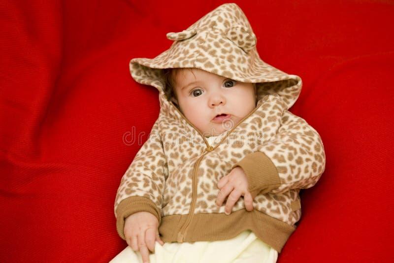 Jong babyportret stock afbeeldingen