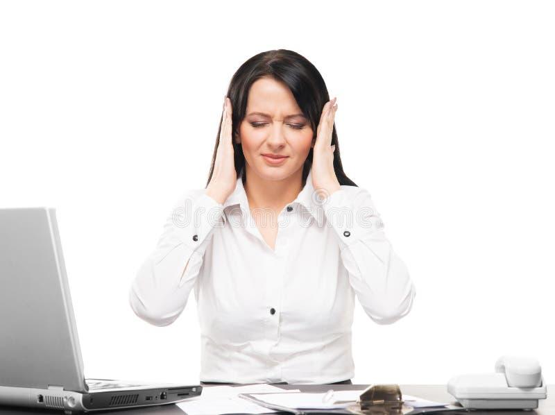 Jong die onderneemstergevoel in een bureau wordt beklemtoond royalty-vrije stock afbeelding