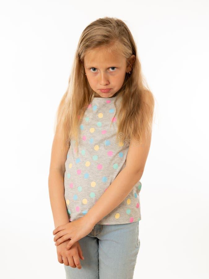 Jong, droevig, ongelukkig, hulpeloos vermoeid meisje die aan depressie lijden Menselijke emoties, het bulling stock fotografie