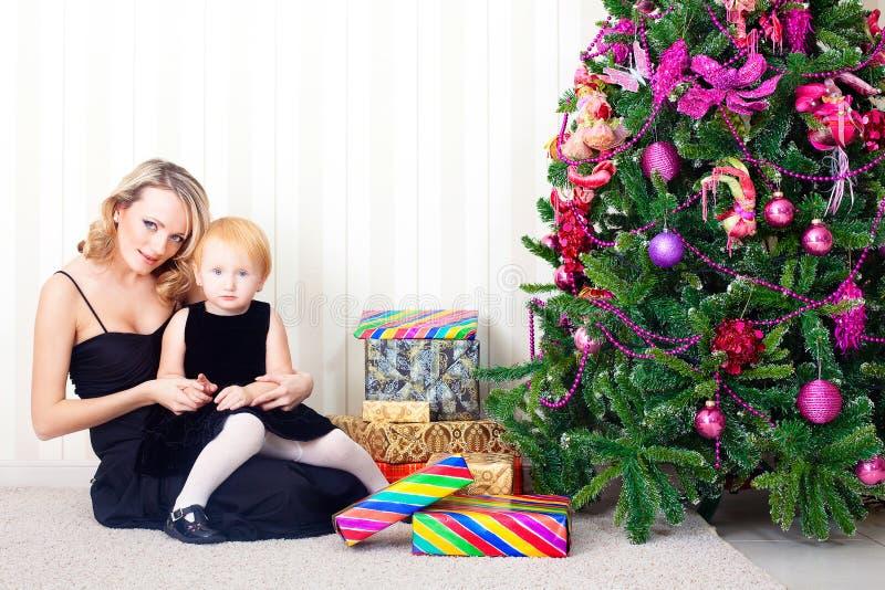 Jong geitje en moeder royalty-vrije stock foto's