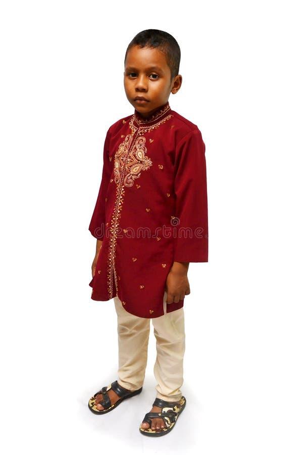 Jong geitje in traditionele kleding stock foto's