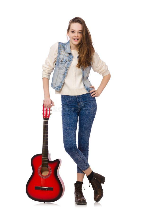 Jong glimlachend die meisje met gitaar op wit wordt geïsoleerd royalty-vrije stock foto's