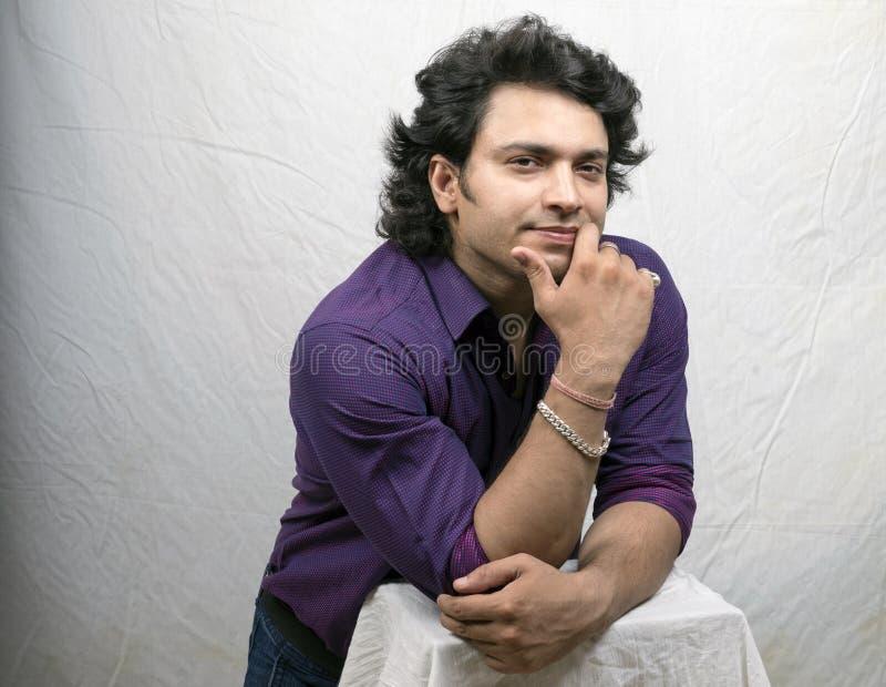 Jong Indisch model in overhemd royalty-vrije stock foto's