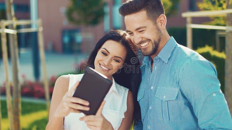 Dating apps in Delhi