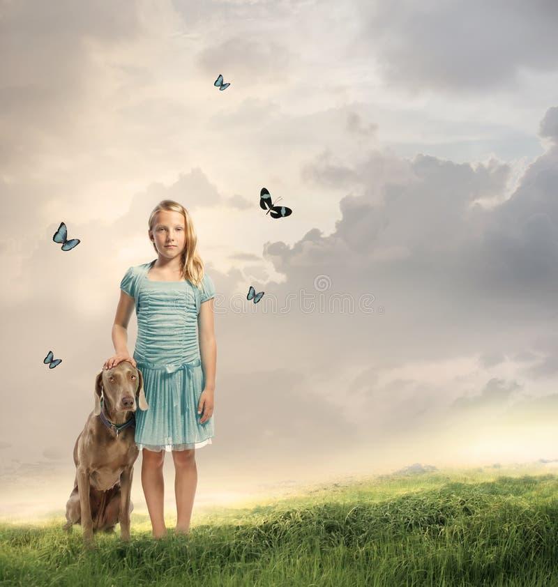 Jong Meisje met Haar Hond royalty-vrije stock fotografie