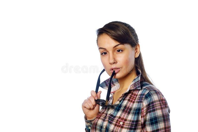 Jong meisje met in hand beschermende brillen stock foto's