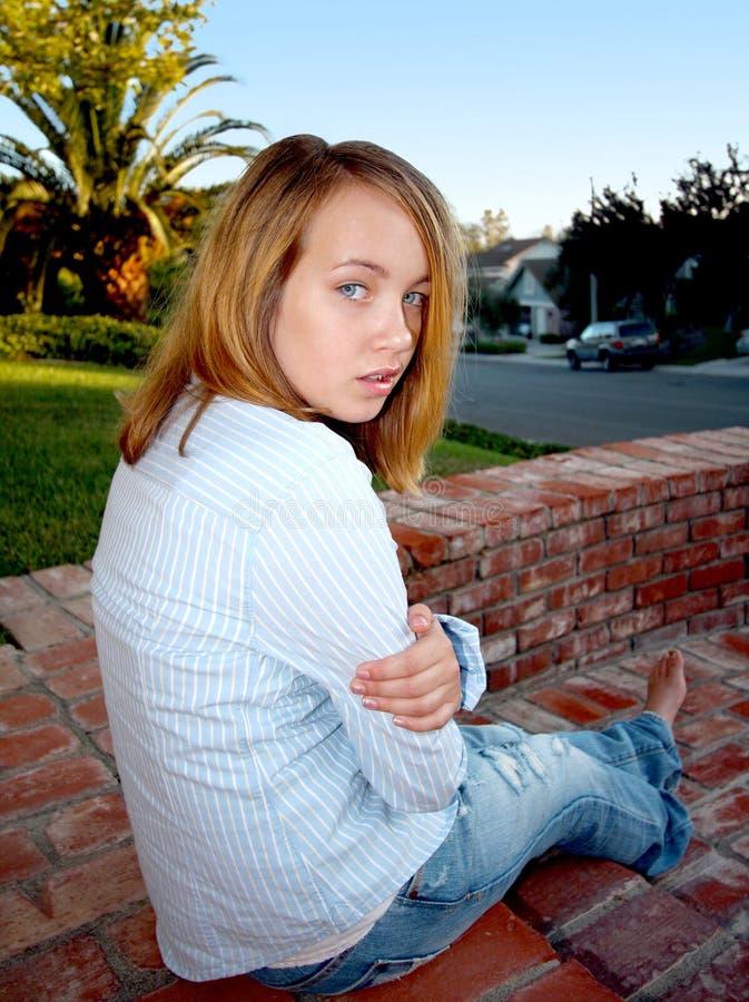Jong Meisje met Houding stock fotografie