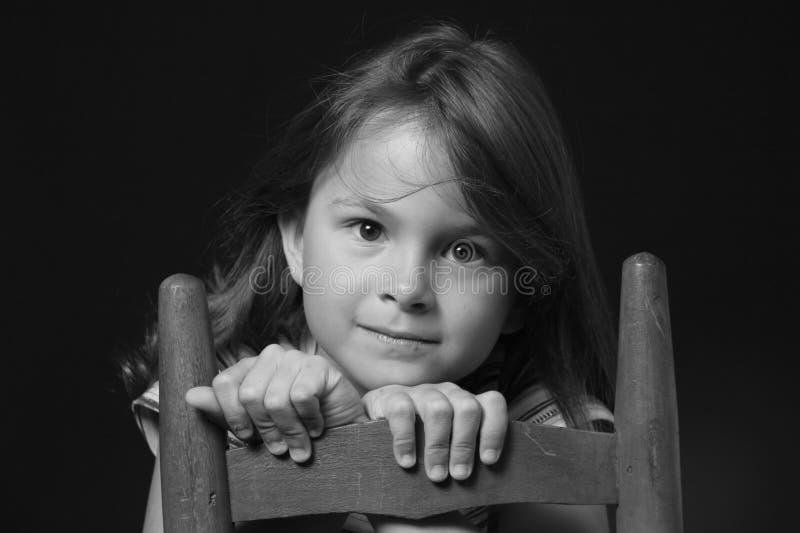 Jong Meisje in Zwart-wit stock afbeeldingen