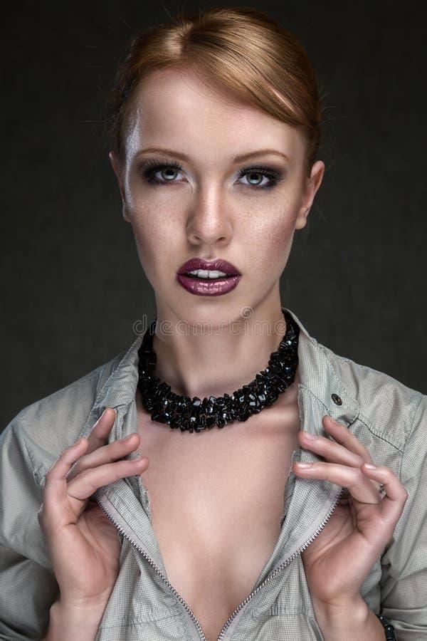 Jong mooi vrouwengezicht royalty-vrije stock foto's
