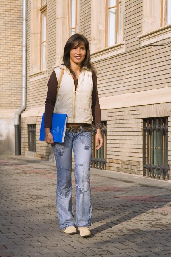 Jong studentenmeisje stock fotografie
