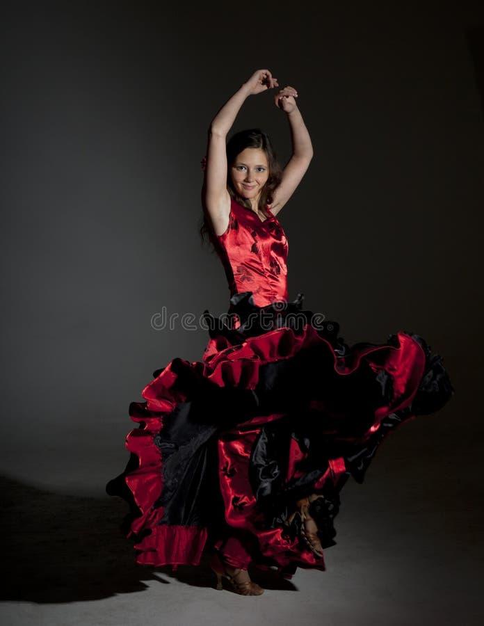 Jong vrouw het dansen flamenco royalty-vrije stock foto