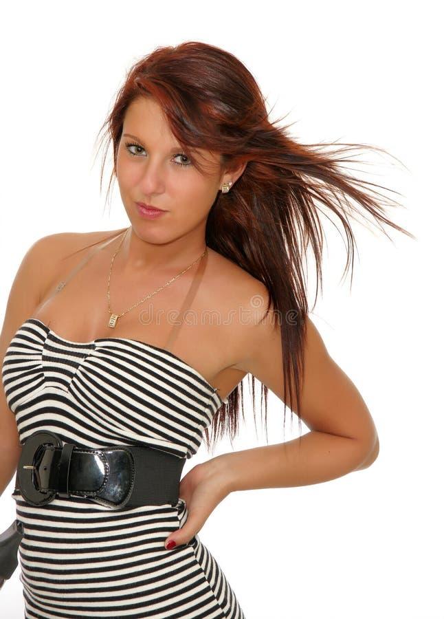 Jong vrouwelijk drogend haar stock foto's
