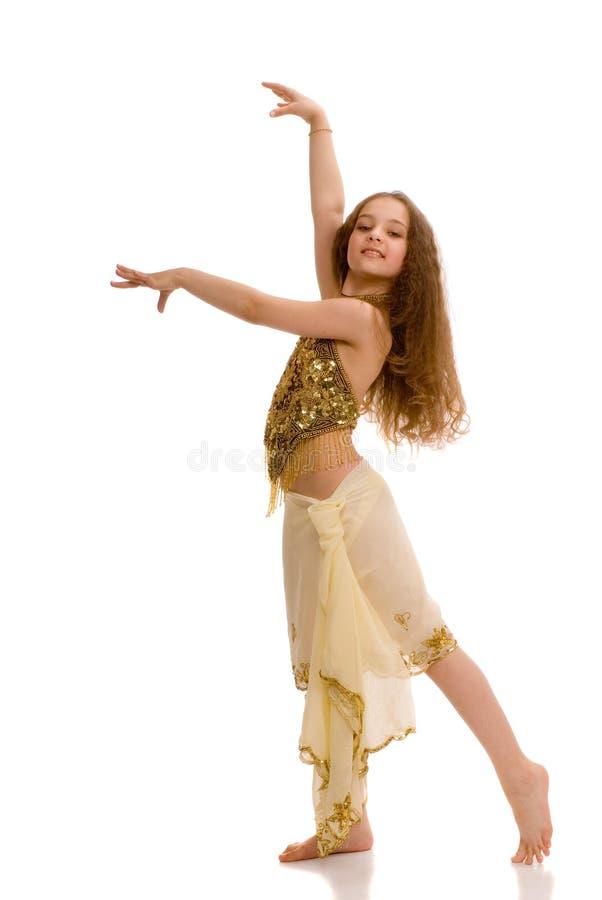 Jonge aanbiddelijke oostelijke danser stock afbeelding