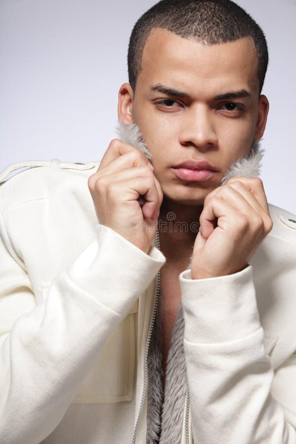 Jonge Afrikaans-Amerikaanse mannelijke mannequin. royalty-vrije stock afbeelding