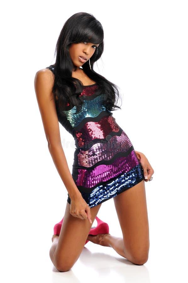 Jonge Afrikaanse Amerikaanse vrouw stock foto