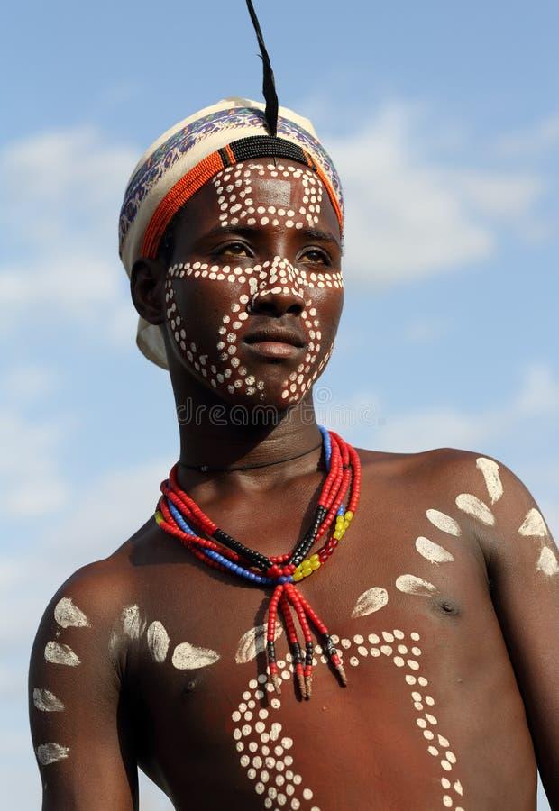 Jonge Arbore-mens in Zuiden Omo, Ethiopië stock afbeelding