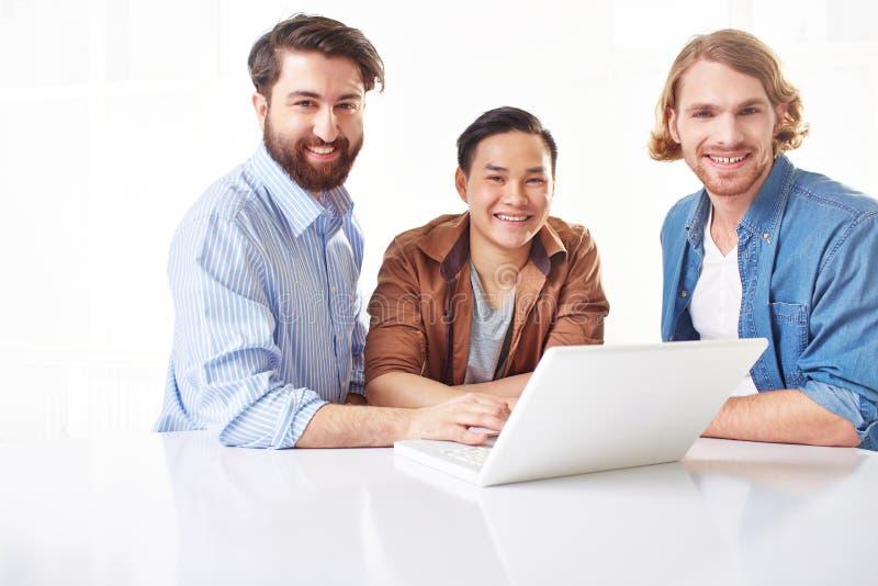 Jonge bedrijfsmensen royalty-vrije stock foto
