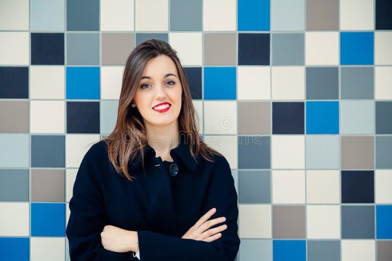 Jonge bedrijfsvrouw of student stock foto