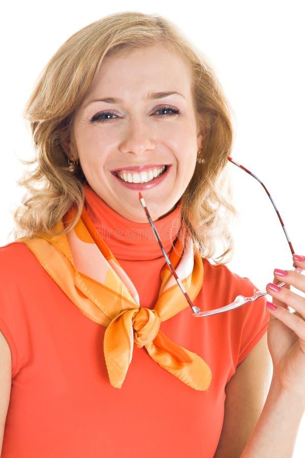 Jonge blonde vrouw met in hand glazen royalty-vrije stock afbeelding