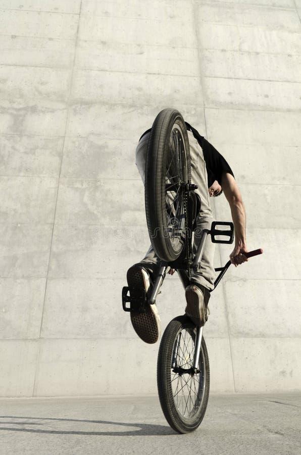 Jonge BMX fietsruiter royalty-vrije stock foto