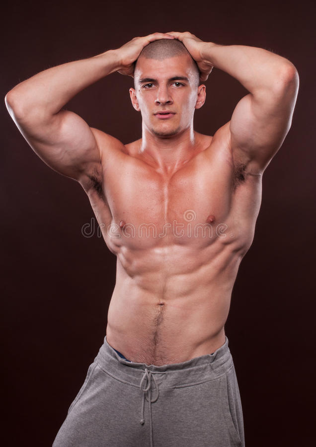Jonge bodybuilder royalty-vrije stock afbeelding