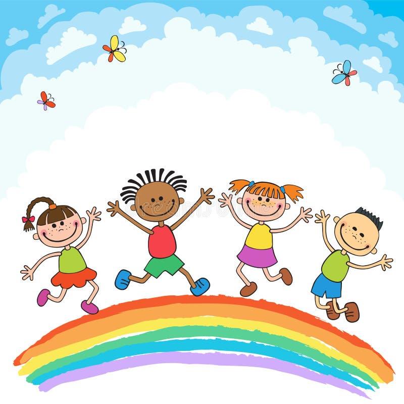 Jonge geitjes die met vreugde op een heuvel onder regenboog, kleurrijk beeldverhaal springen vector illustratie