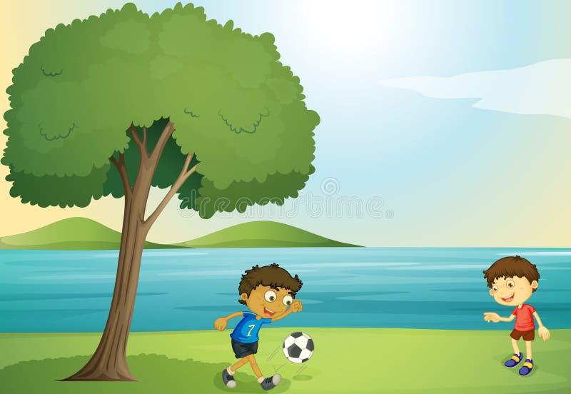 Jonge geitjes die voetbal spelen royalty-vrije illustratie