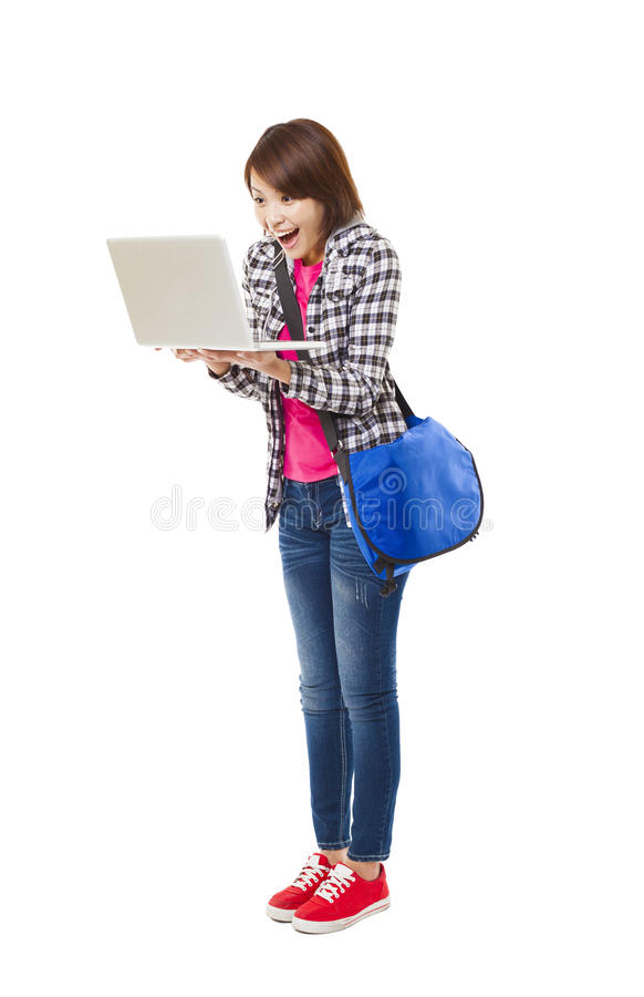 Jonge gelukkige student met laptop royalty-vrije stock afbeelding