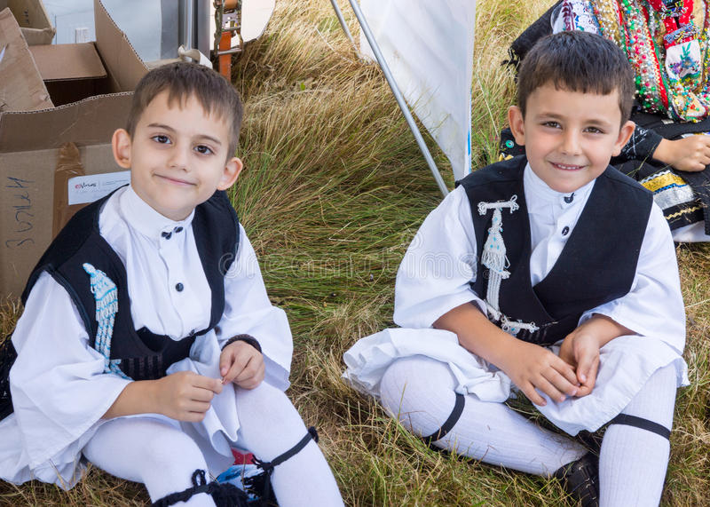 Jonge Griekse dansers bij Folklorefestival royalty-vrije stock afbeelding
