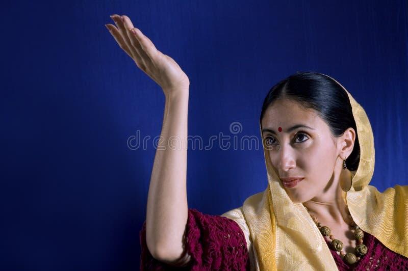 Jonge Indische schoonheid royalty-vrije stock afbeeldingen