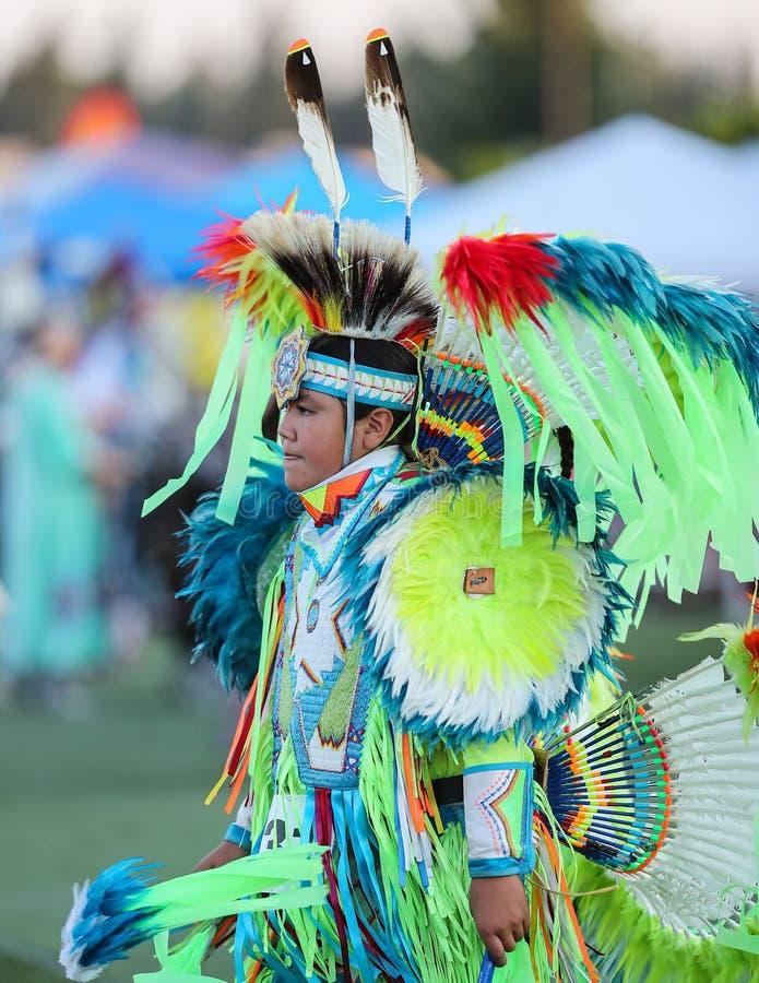 Jonge Inheemse Danser stock foto