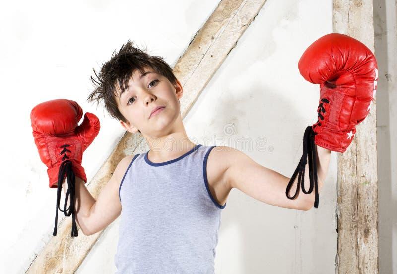 Jonge jongen als bokser royalty-vrije stock afbeeldingen