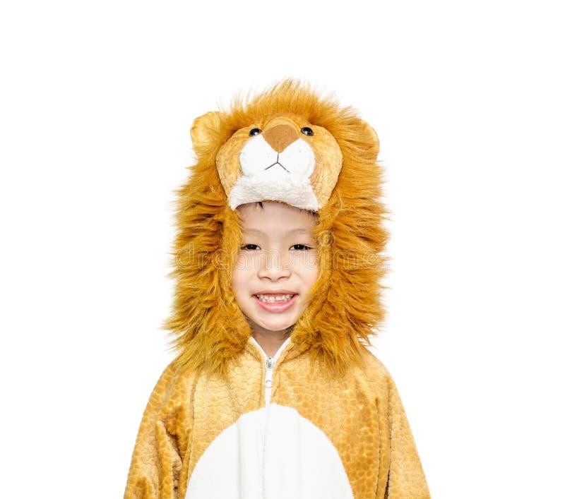 Jonge jongen in leeuwkostuum voor Carnaval stock fotografie