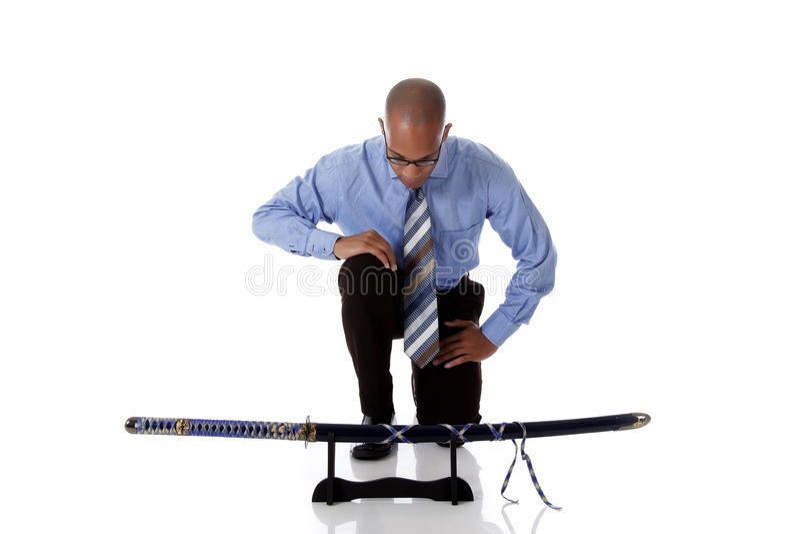 Jonge knappe Afrikaanse Amerikaanse zakenman, zwaard stock afbeeldingen