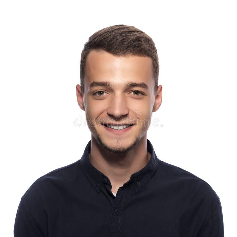 Jonge knappe mens in een donker overhemd royalty-vrije stock afbeelding