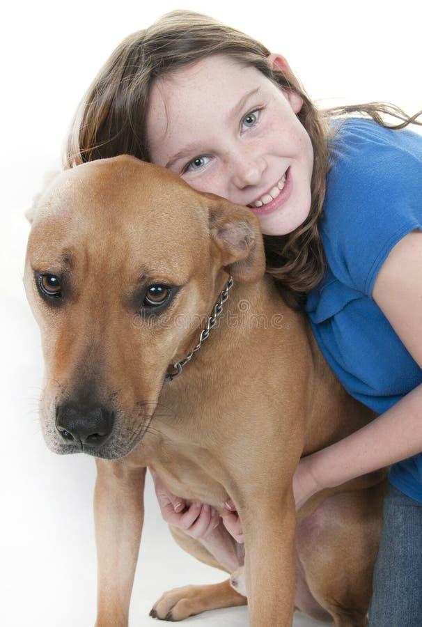 Jonge meisje en hond royalty-vrije stock afbeeldingen