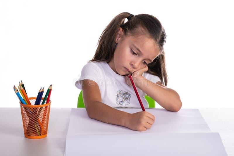 Jonge Meisjestekening met Kleurpotlood stock afbeelding
