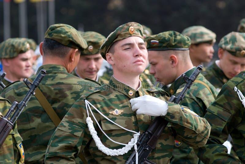 Jonge militairen stock foto