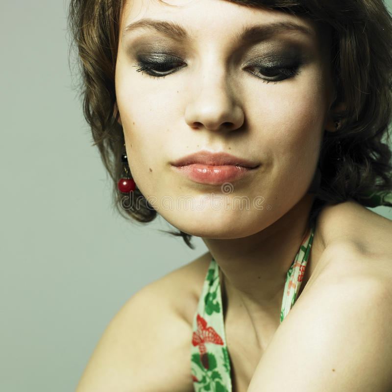 Jonge mooie vrouw stock afbeelding