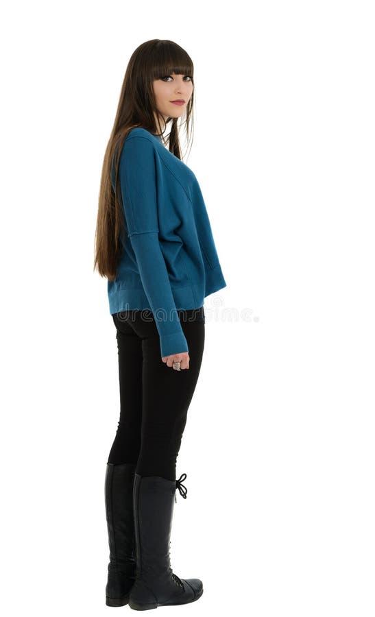 Jonge mooie vrouw met buitengewoon lang glanzend haar stock afbeeldingen