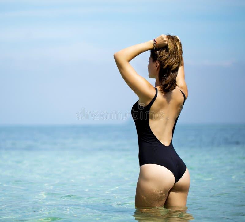 erothiek nl mooie vrouwen in bikini