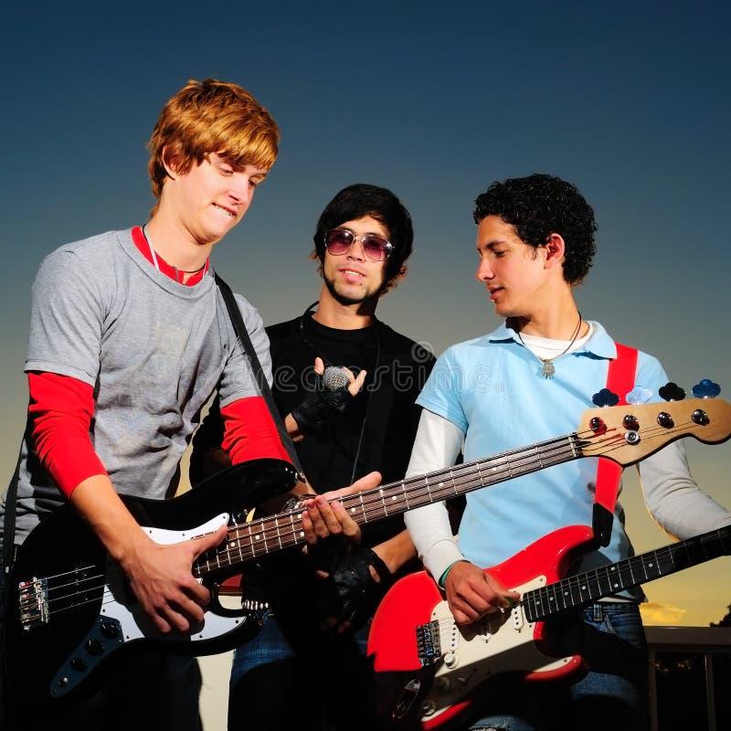 Jonge muzikale band stock afbeeldingen