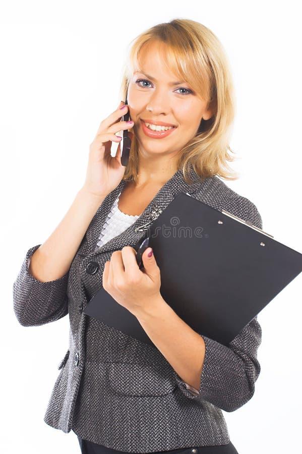 Jonge onderneemstervraag op mobiel stock foto