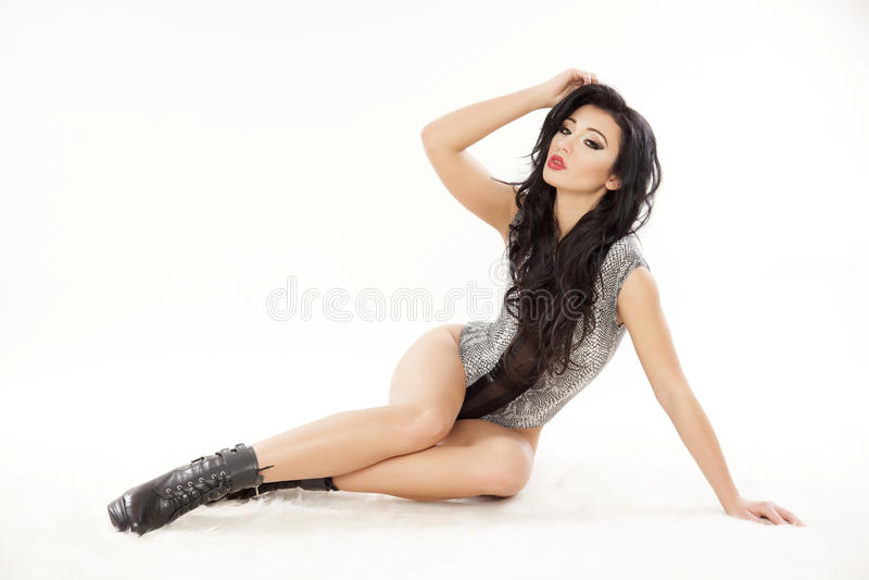 Download Jonge Slanke Sexy Vrouw In Lingerie Stock Foto - Afbeelding bestaande uit alleen, erotisch: 39105384