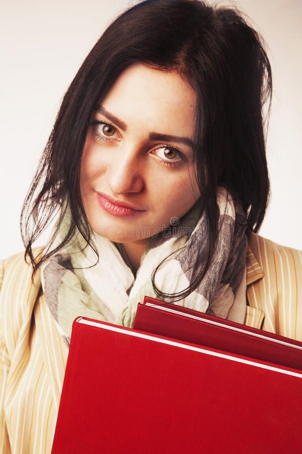 Jonge Student Girl met Boeken & x28; Onderwijs en zelfontplooiing & x29; royalty-vrije stock afbeelding