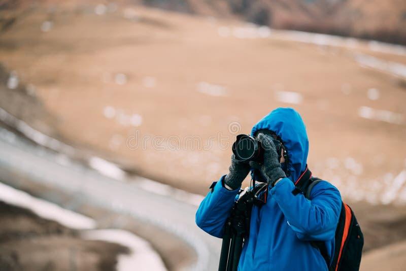 Jonge Volwassen Kaukasische de Reizigersfoto van Backpacker van de Mensentoerist stock afbeelding