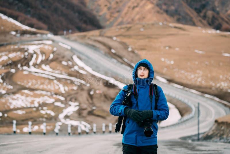 Jonge Volwassen Kaukasische de Reizigersfoto van Backpacker van de Mensentoerist stock foto