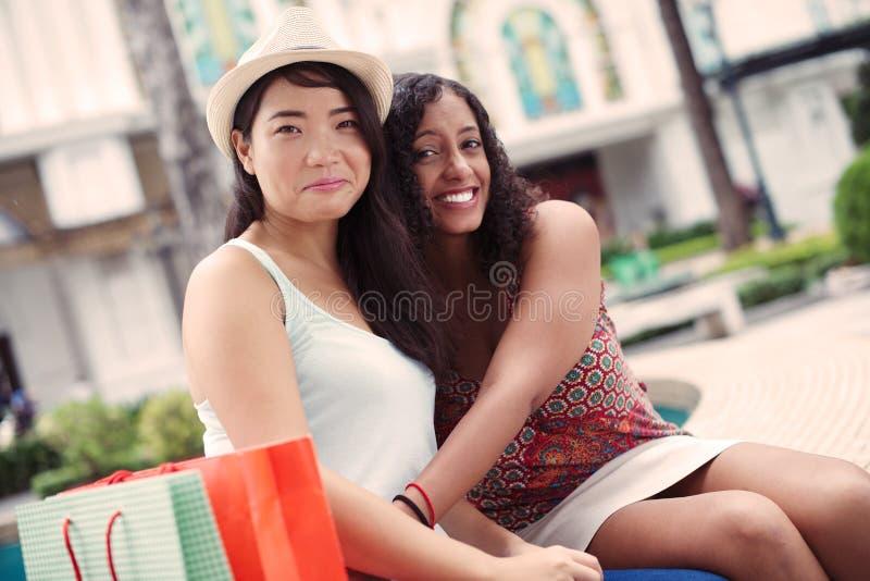 Jonge vrienden stock foto